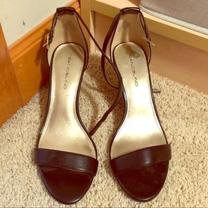 Bandolino stapled black heels